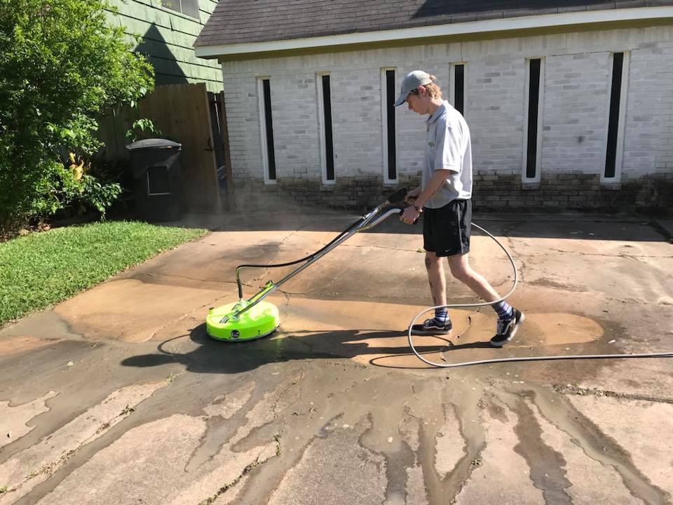Keep Your Driveway Looking Great With Driveway Pressure Washing